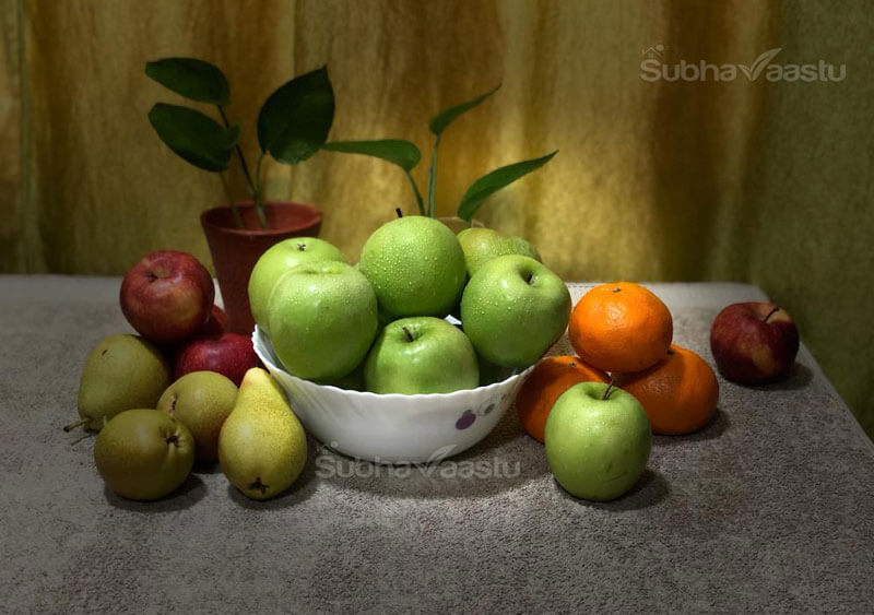 fruit arrangement on dining table as per vastu